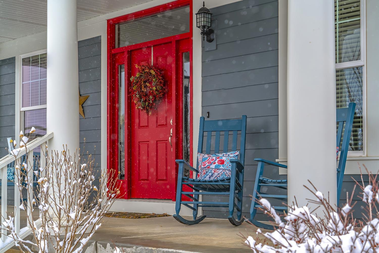 entry-door-red-snow